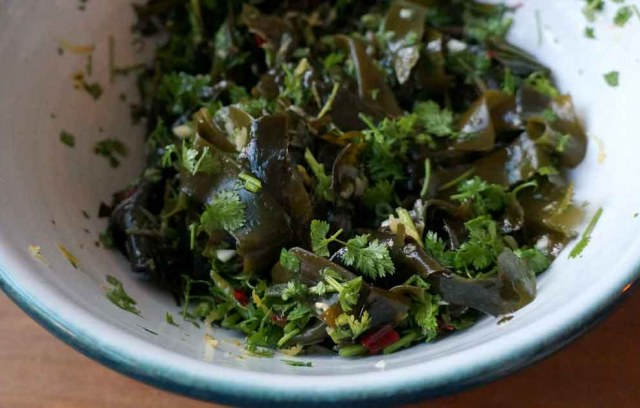 Salade wakamé à l'estragon